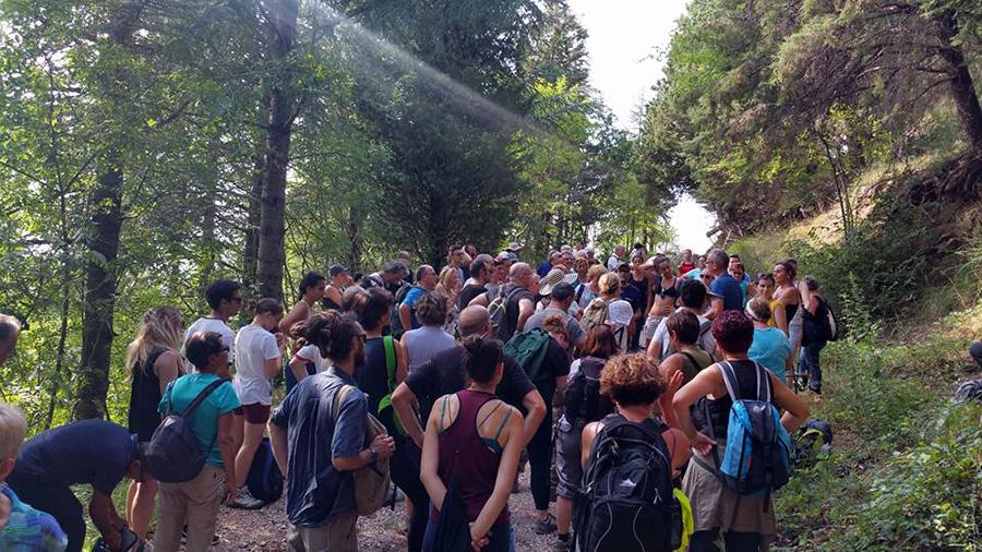 Partenza escursione a Monte Tezio (PG) - Escursione Trekking delle Ginestre