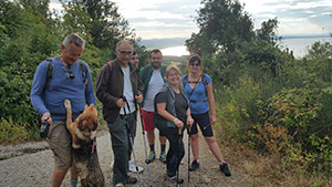 Trekking delle Ginestre, ovviamente escursione a 6 zampe!