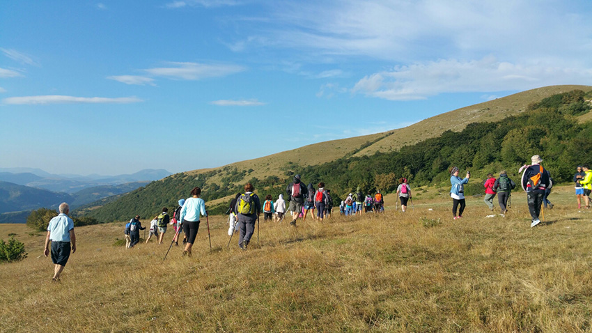 escursione monte tezio con l'associazione l'olivo e la ginestra